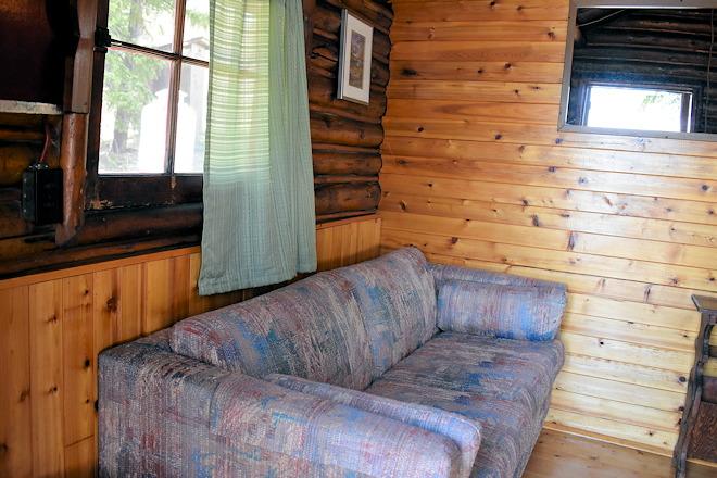 cabin-03-02