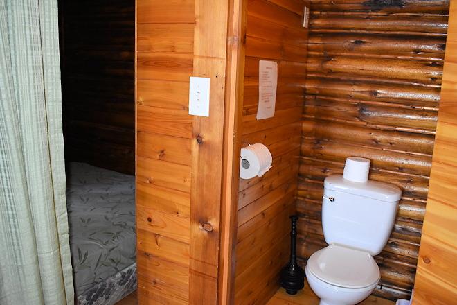 cabin-03-06