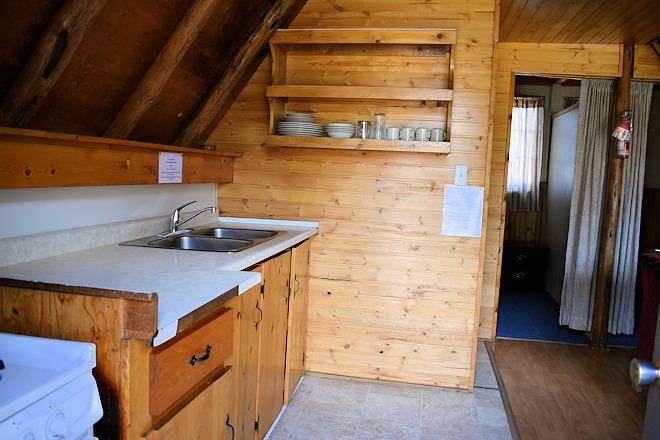 cabin-04-10