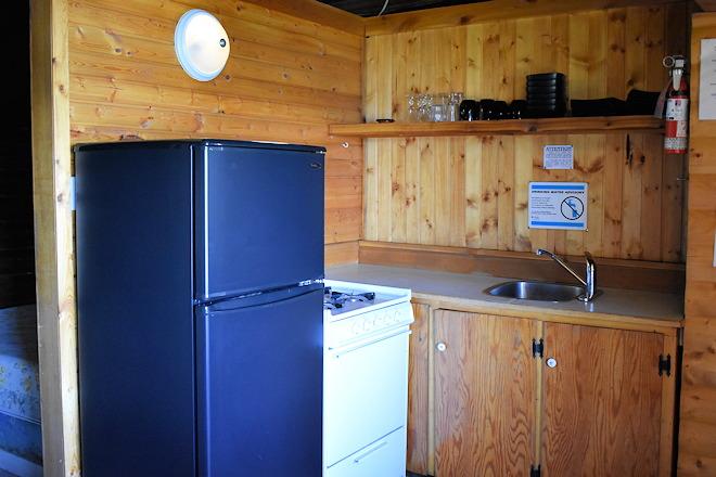 cabin-05-04