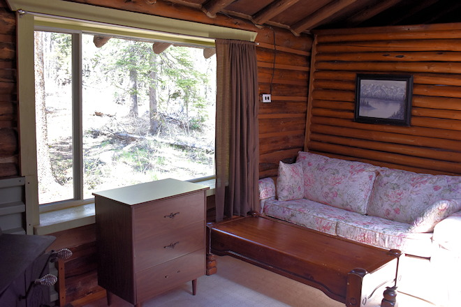 cabin-08-06