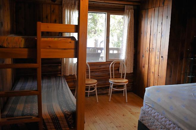 cabin-10-07
