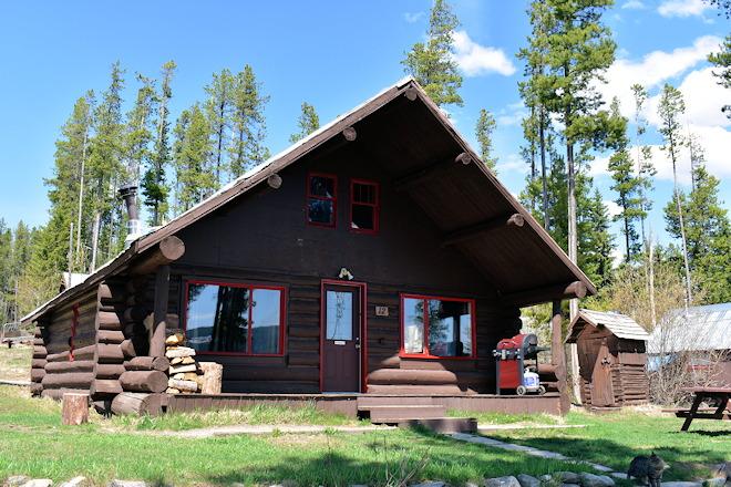 cabin-12-01