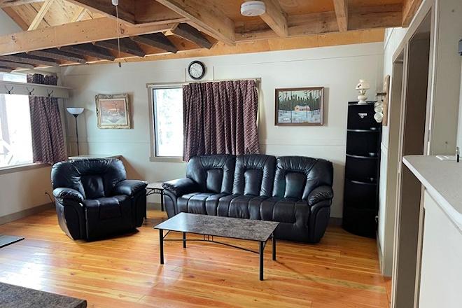 Cabin 15 livingroom at Postill Lake Lodge
