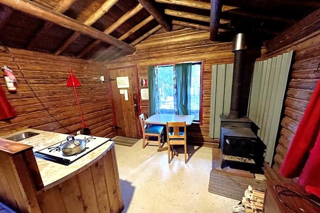 Cabin 9 Postill Lake Lodge